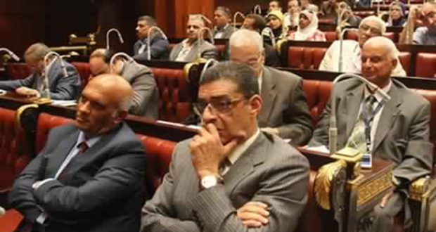 محمود طاهر رئيس النادى الاهلى