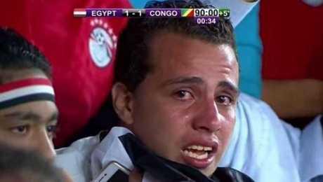 المشجع الذى بكى فى مبارة مصر والكونغو كأس العالم 2018