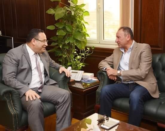 محمود الخطيب مع محافظ الاسكندرية