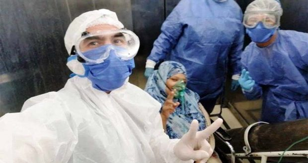 الدكتورة رحاب قبل عملية الولادة
