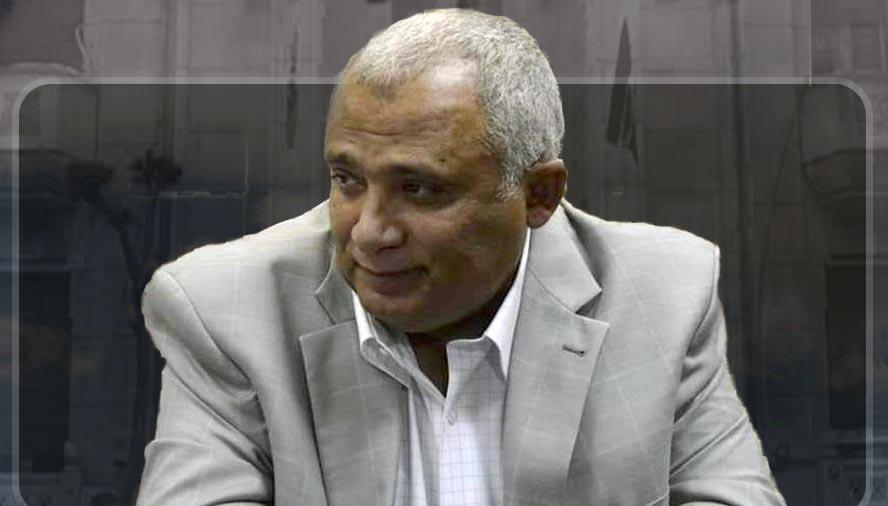 الدكتور ابراهيم علي أستاذ الباثولچيا الاكلينيكية