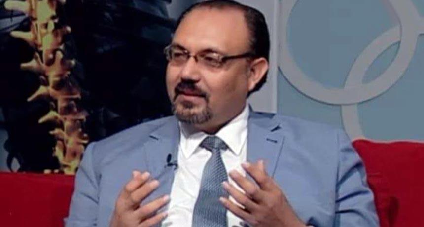 الدكتور السيد رشدى محجوب أستاذ جراحة المخ والأعصاب والعمود الفقري