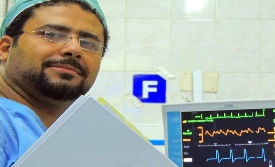 الدكتور ياسر الشرقاوي أخصائي القلب بالعناية المركزة بمركز القلب بالمحلة