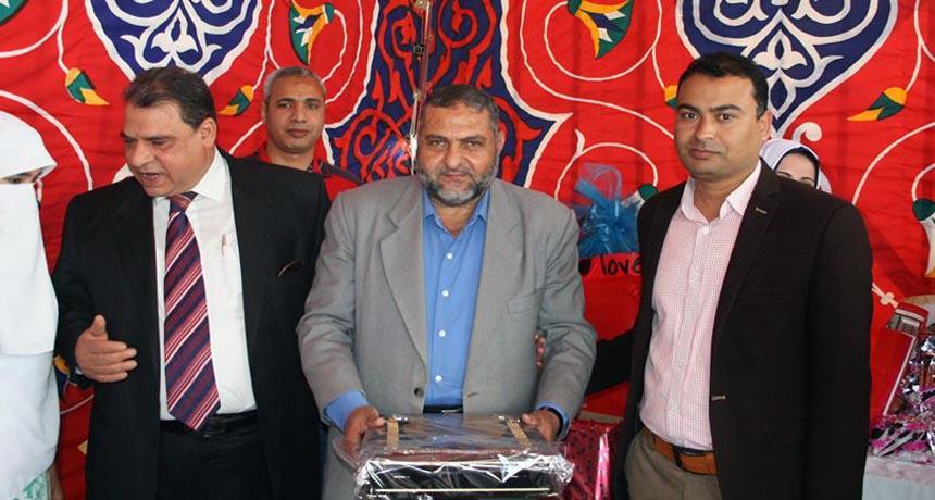 دكتور إسماعيل الجناينى نائب مدير مستشفى الأمراض الصدرية بالزقازيق الأسبق