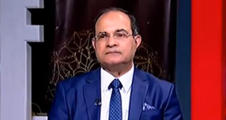 دكتور عصام عمارة أستاذ جراحة المخ و الأعصاب و العمود الفقري