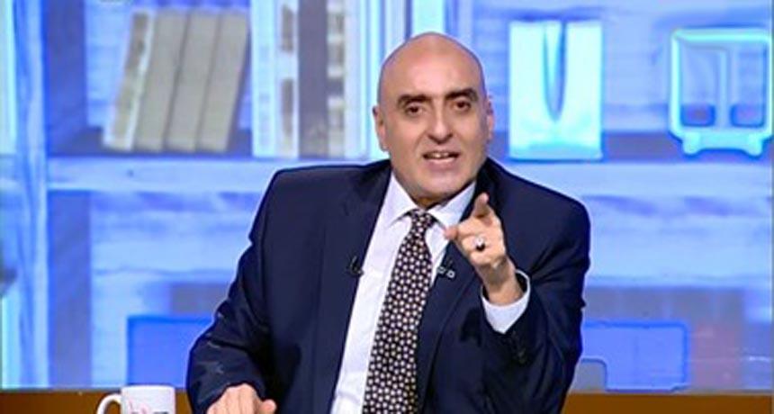 الكابتن عزمي مجاهد نجم الزمالك ومنتخب مصر السابق للكرة الطائرة