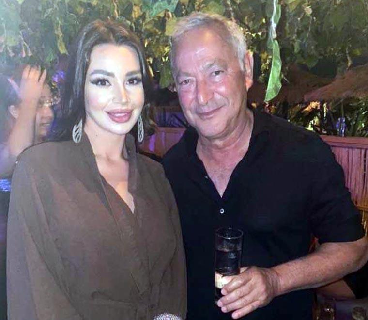 سميح ساويرس مع الراقصة جوهرة في حفل الجونة
