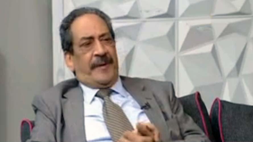 الدكتور شريف عبد العزيز أستاذ جراحه الأورام بالمعهد القومي للأورام بالقاهرة