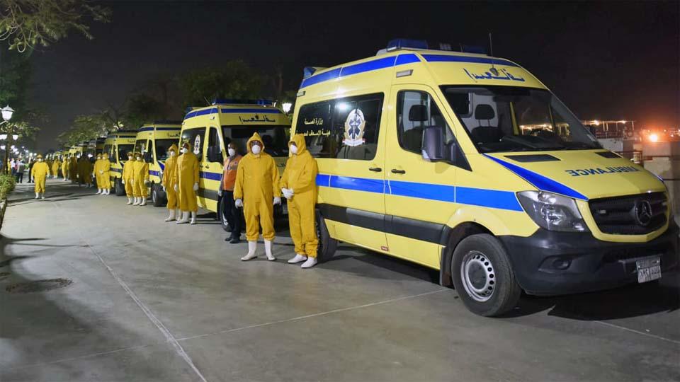 سيارات اسعاف نقل حالات كورونا